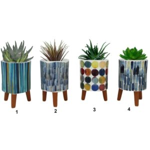 Pot en céramique sur pattes avec motif